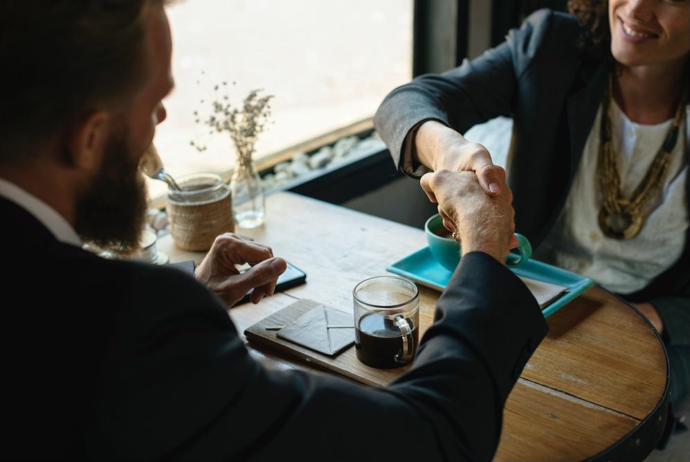 Dicas para aprimorar o relacionamento entre advogado e cliente