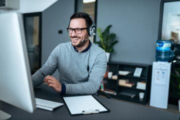 Dicas para melhorar o atendimento no escritório e receber menos ligações